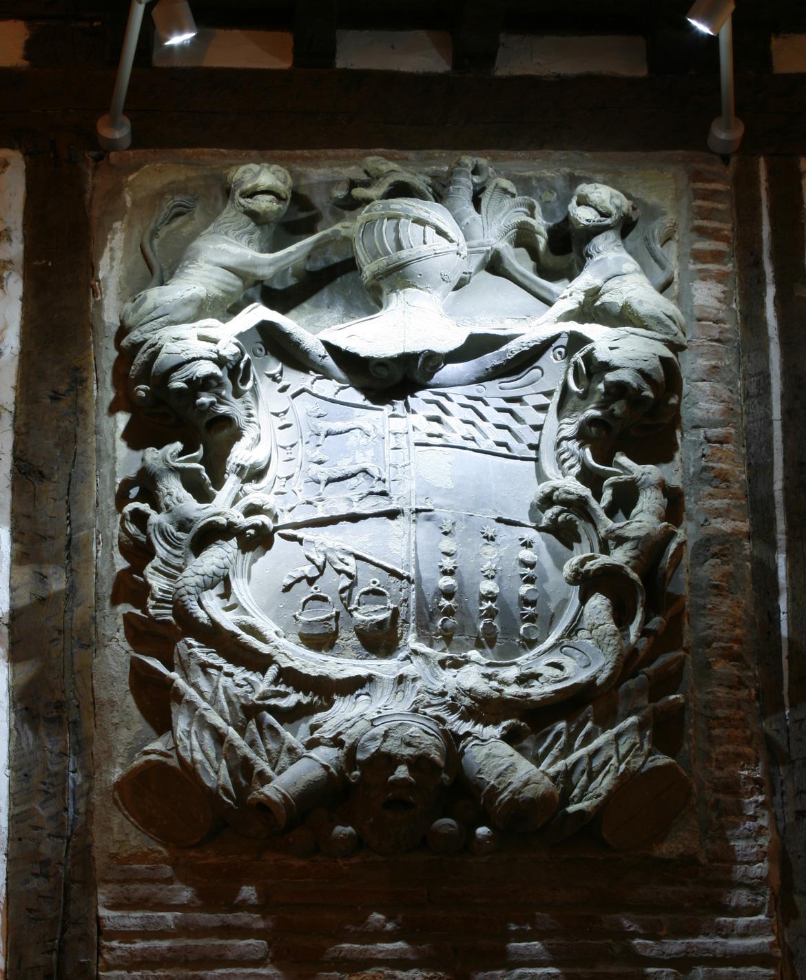 Escudo de la fachada